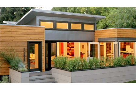 Michelle Kaufmann Designs Sunset Breezehouse prefab home.